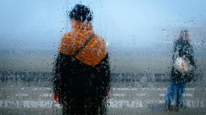 Prognoza pogody na jutro: opady deszczu w całym kraju, silnie powieje