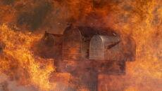 Pożary w Kalifornii (PAP/EPA/ETIENNE LAURENT)